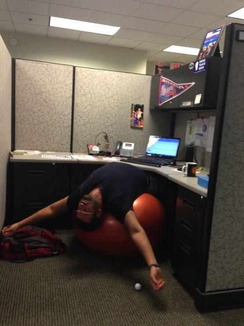 Miercoles de oficina yoga