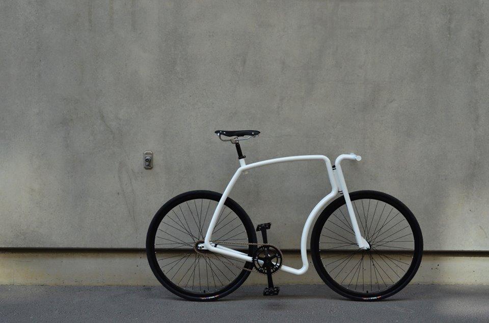 bicicleta-viks-blanca