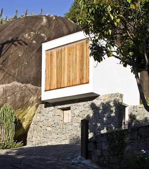 box-house-by-alan-chu-cristiano-kato-1
