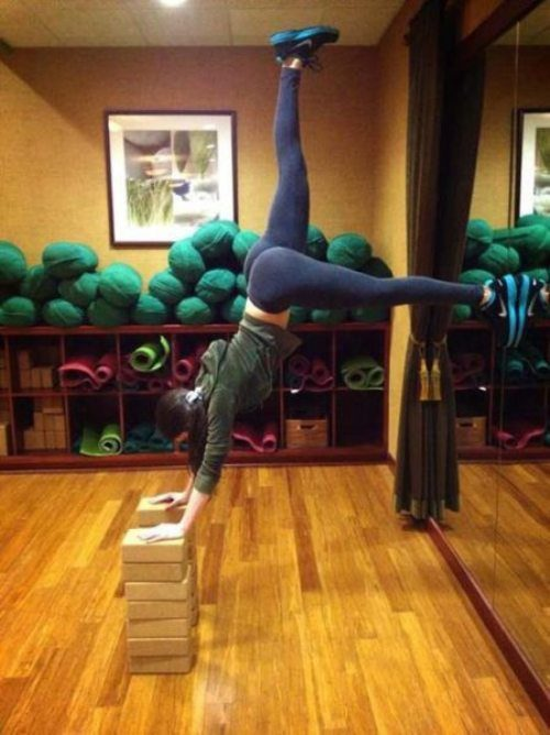 sexy-yoga-pants-41