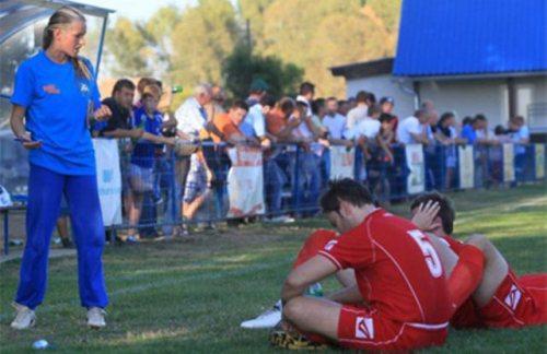 tihana-nemcic-modelo-entrenadora-futbol-10