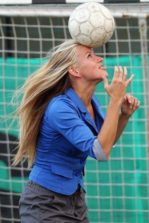tihana-nemcic-modelo-entrenadora-futbol-23