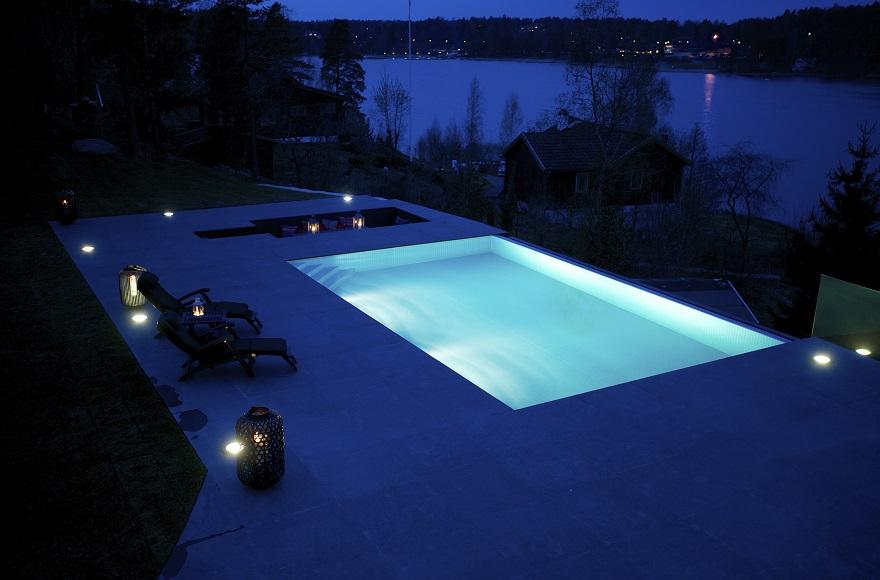 diseño-exteriores-arquitectura-casa-sueca-noche-3