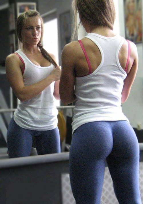 chica-sexy-yoga-pants-11