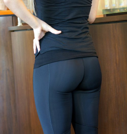 chicas-en-yoga-pants-13