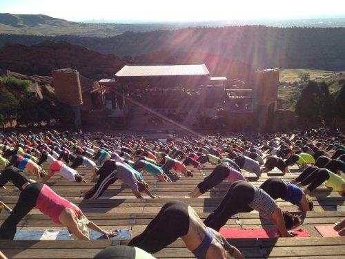 chicas-en-yoga-pants-17