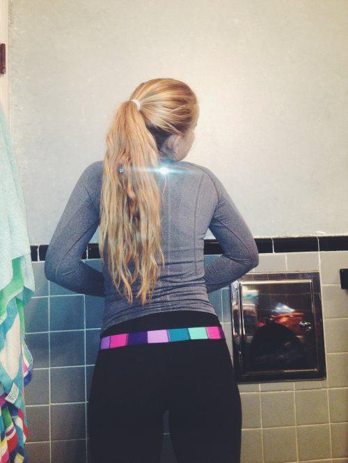 chicas-en-yoga-pants-27