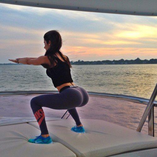 chicas-en-yoga-pants-32