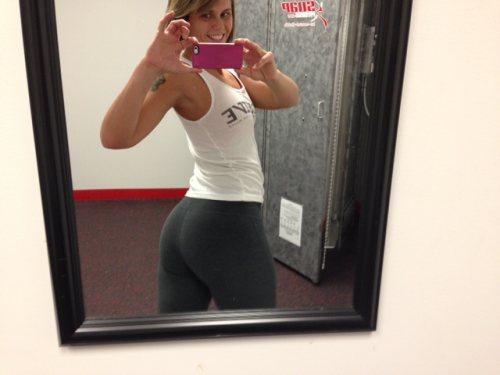 chicas-en-yoga-pants-7