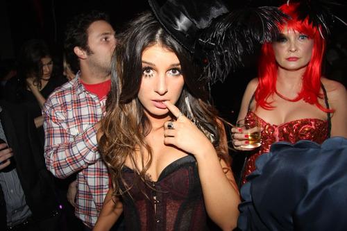 sexy-halloween-disfraz-dracula
