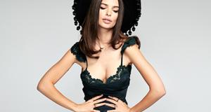 Emily-Ratajkowski-super-sexy-Stone-Cold-Fox