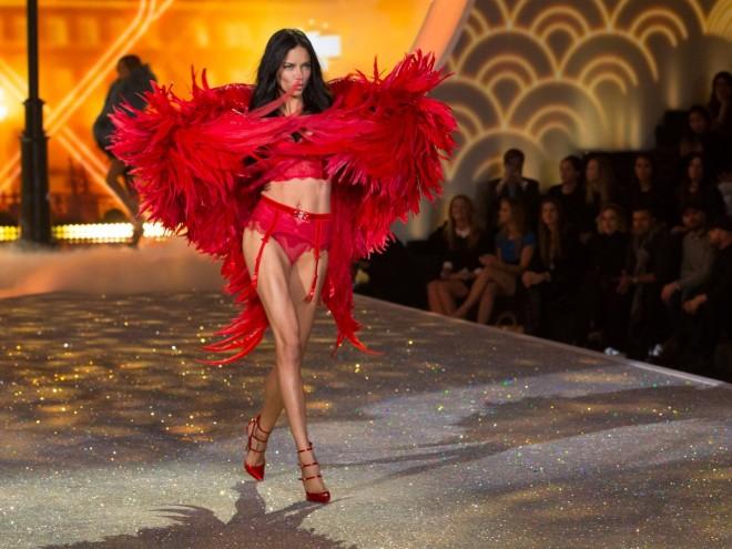 victoria secret fashion show 2013 adriana lima