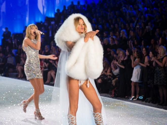 Victoria-Secret-fashion-show-2013-doutzen-kroes