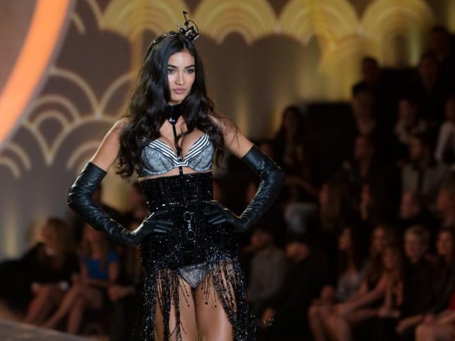 Victoria-Secret-fashion-show-2013-medianoche-en-paris