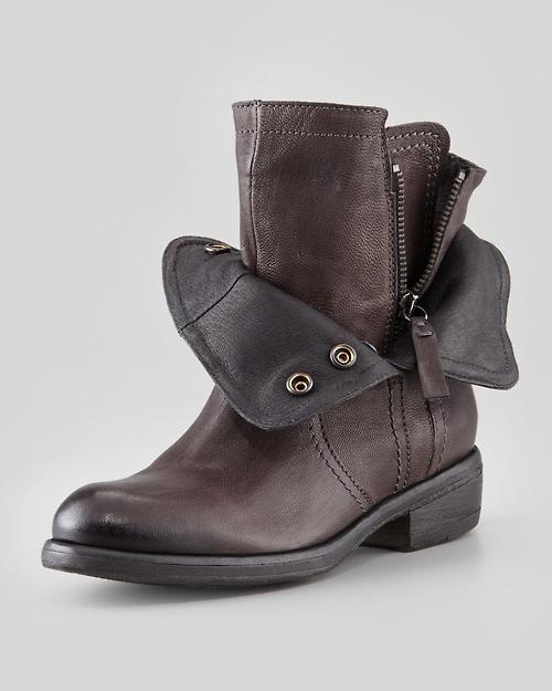 Calzado para hombres, consejos, modelos, marcas, tendencias. Los mejores zapatos para hombres a la moda y con estilo. Zapatos masculinos: entérate de las últimas tendencias en calzado para hombre, todos los estilos, marcas de moda y los zapatos que se l.