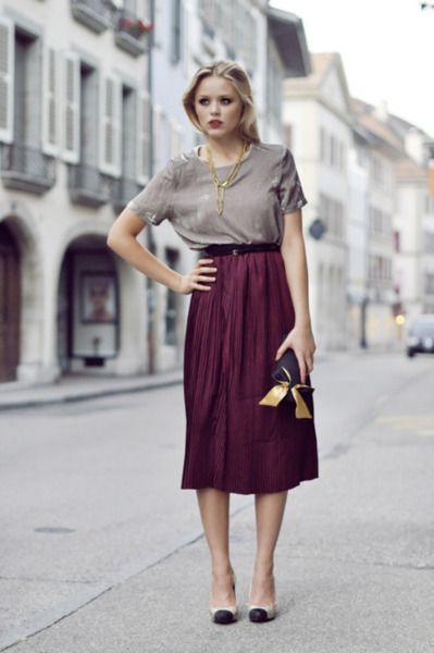 Moda Mujer:  mid length skirts