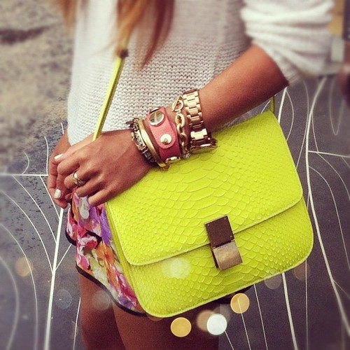 Moda: Bolsa Cross-Body.