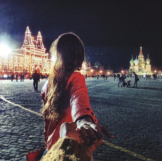 Fotos Murad Osmann alrededor del mundo con su novia.