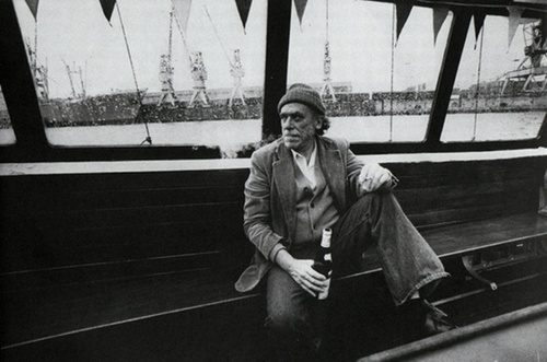 10 Puntos acerca de la vida con frases de Charles Bukowski