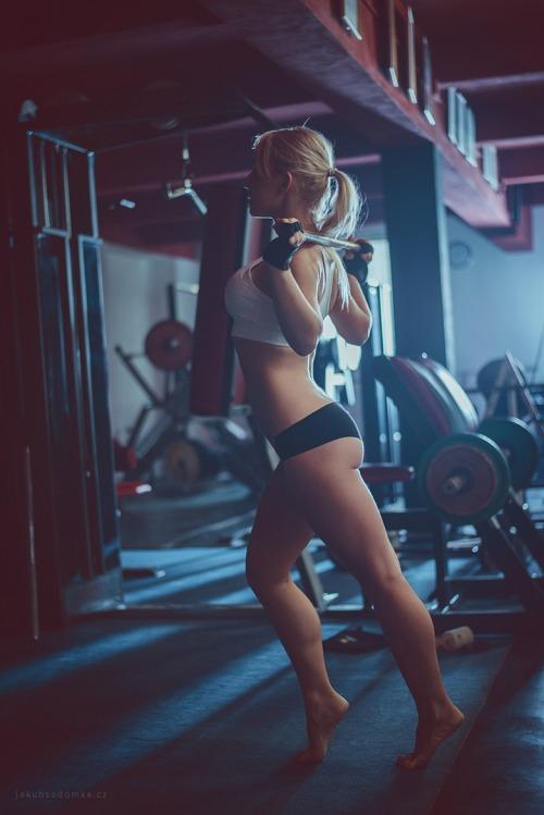 Ellas te esperan en el gimnasio (30 fotos).