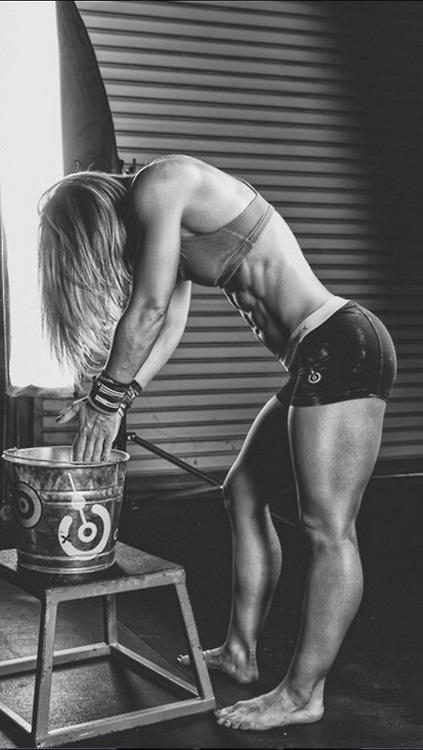 Aumenta tu frecuencia cardiaca con las chicas de nuestro gym