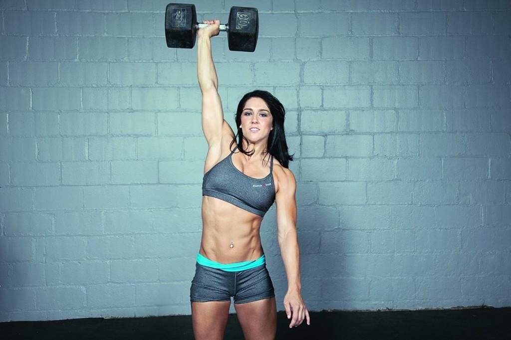 Las chicas del gym saben como marcar los abs