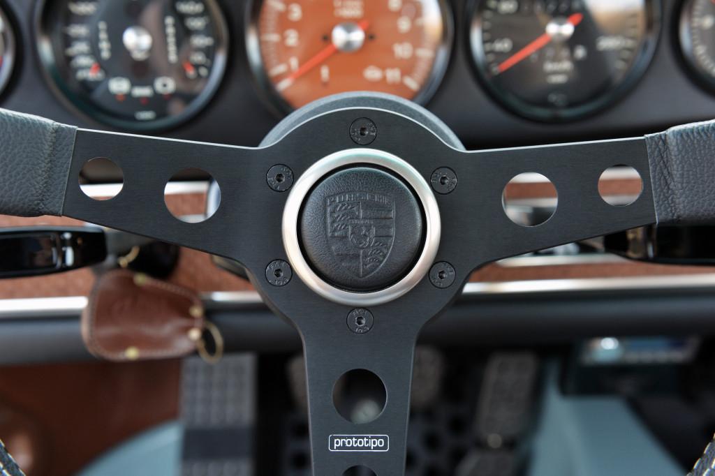 Porsche 911 personalizado por Singer Vehicle Design