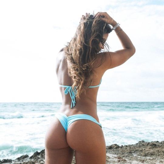 Temporada de bikinis en El124.com