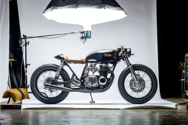 Impresionante Moto Vintage - Black and Copper 550