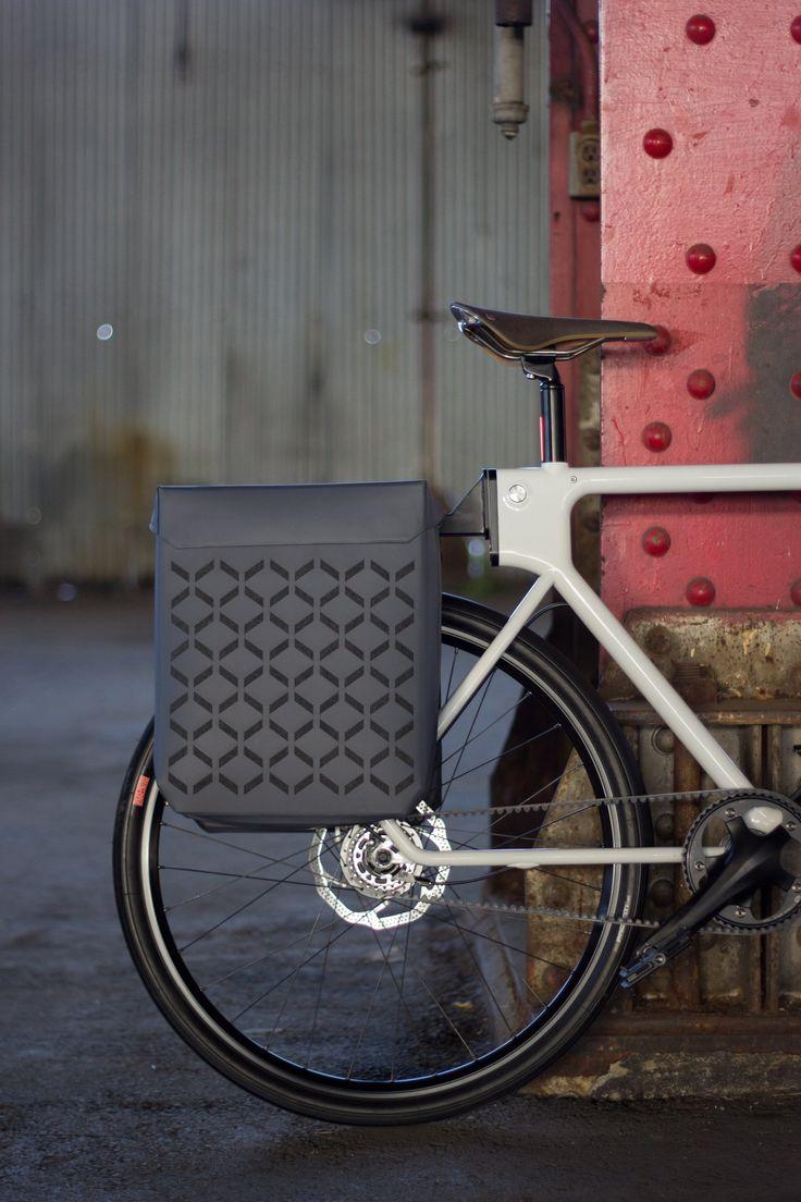 Como ir al trabajo en bicicleta sin arruinar tu ropa