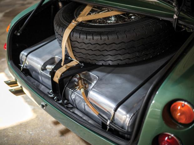 Impresionante clásico Aston Martin DB4GT 1969
