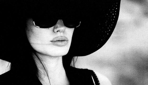 Impresionantes fotos de Angelina Jolie tomadas por Brad Pitt