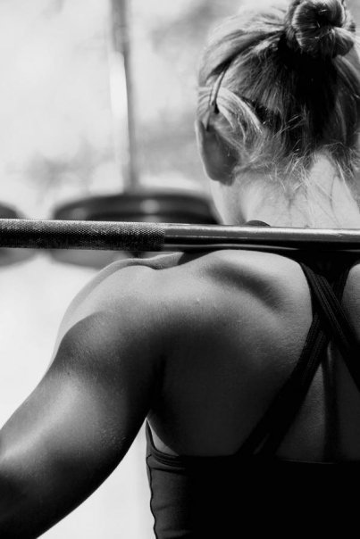 Las chicas del gym levantan más pesas que tú