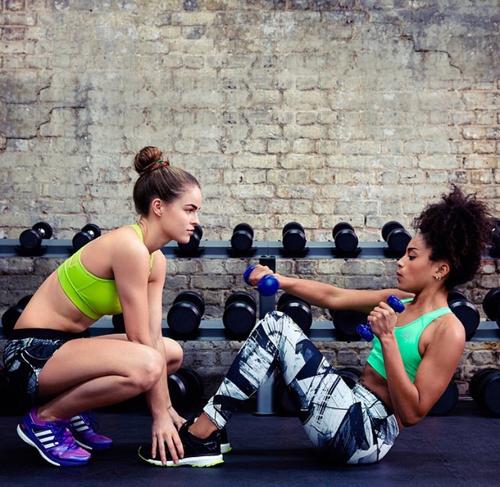 Las chicas del gimnasio te motivan