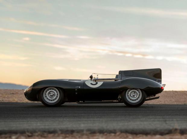 Sexy e irresistible Jaguar D-Type de 1956