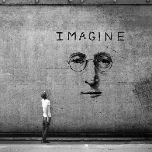 Frases de John Lennon para inspirar tu semana