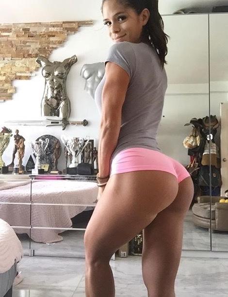 Michelle Lewin es la más sexy del gym