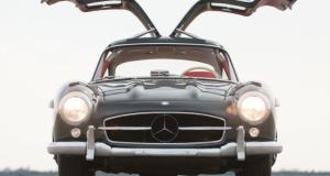 El Mercedes-Benz 300 SL abre sus alas