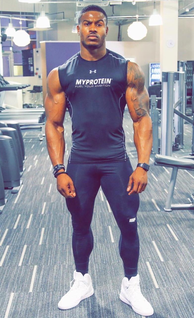 Simeon Panda y sus secretos para ganar músculo