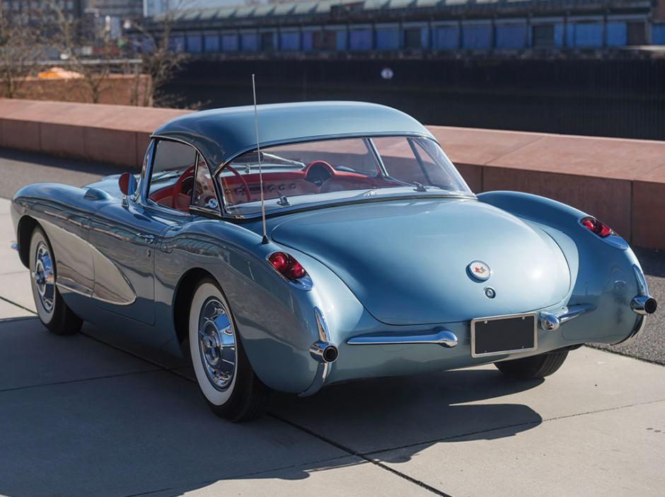 Sexy Chevrolet Corvette de 1956