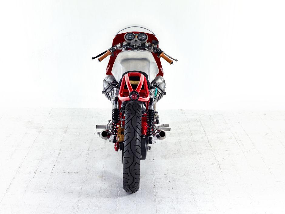 Preciosa Moto Guzzi Le Mans del 81 reconstruida