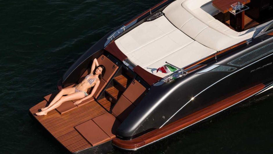 Déjalo todo y ven a vivir en este sexy bote