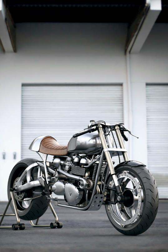 Estilo y vida para el fin de semana - Motocicleta