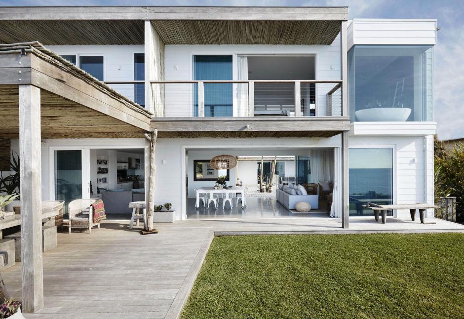 Incre ble dise o de interiores en est casa frente al mar - Casas en el mar ...