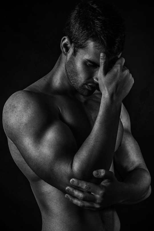 A marcar y definir como los hombres del gimnasio