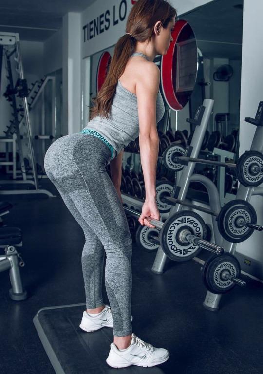 Las chicas del gym y el secreto de unas pompis perfectas
