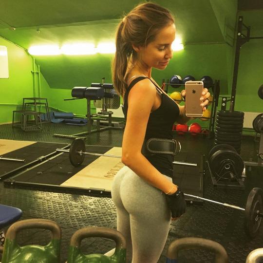 Inspiración y motivación con las mejores fotos de las chicas fitness - Belfie