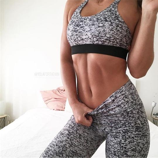 Inspiración y motivación con las mejores fotos de las chicas fitness - Abs