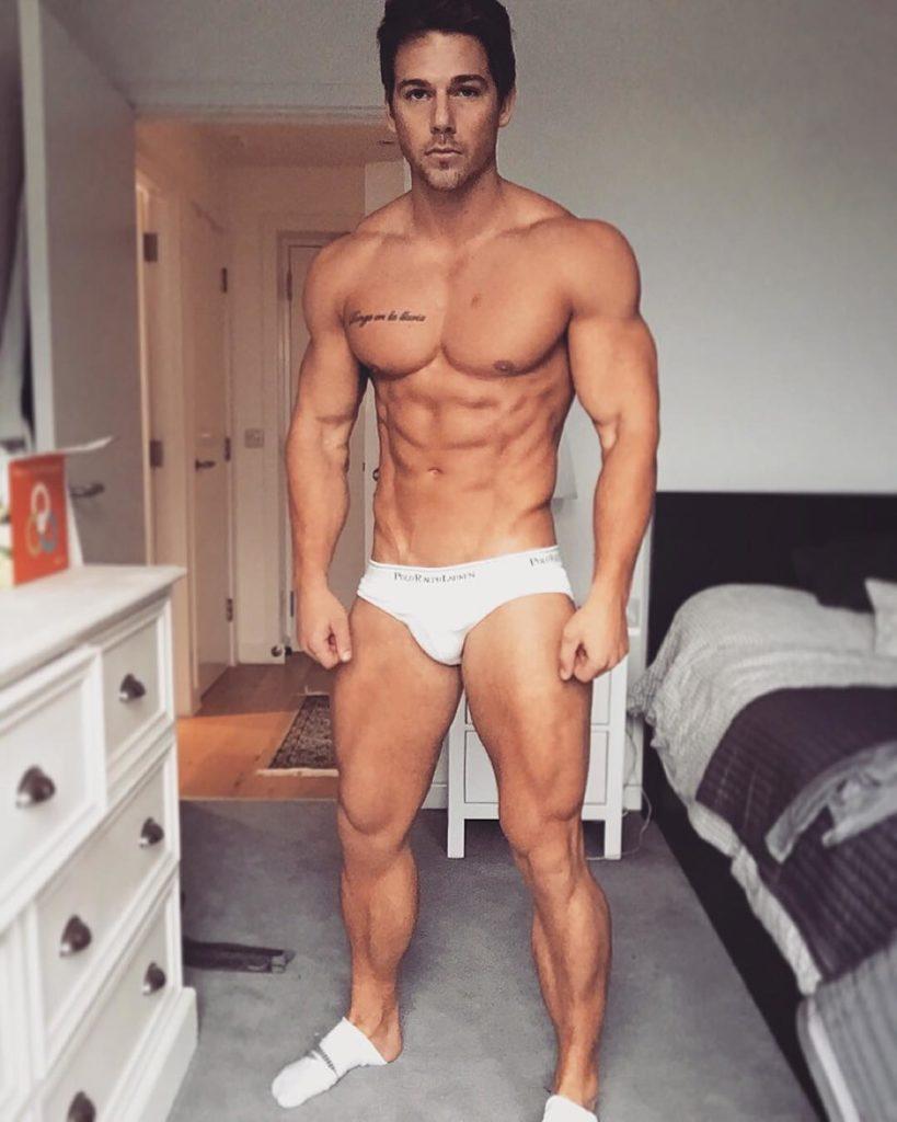 Los hombres fitness se ven así cuando entrenan duro - Gymspiration
