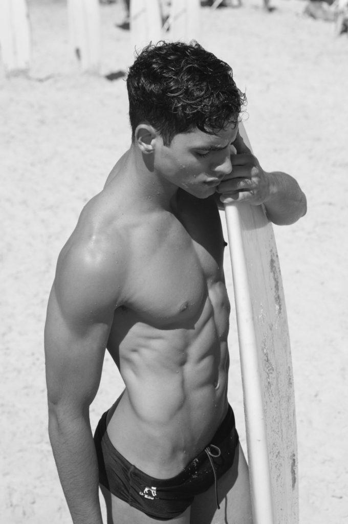 Los hombres fitness se ven así cuando entrenan duro - Oblicuos